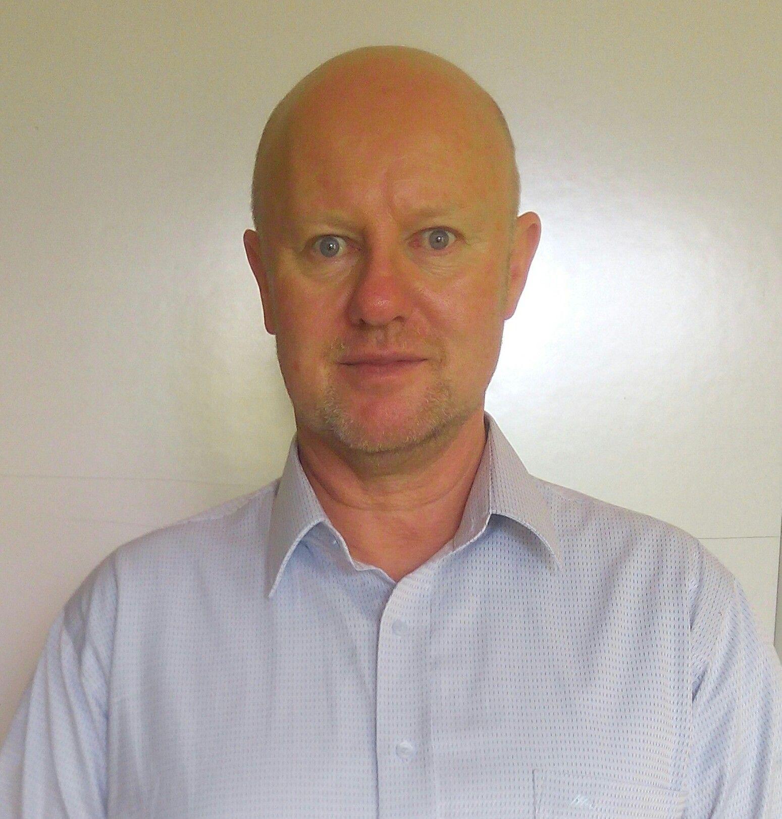 Dr. Hubert Perr